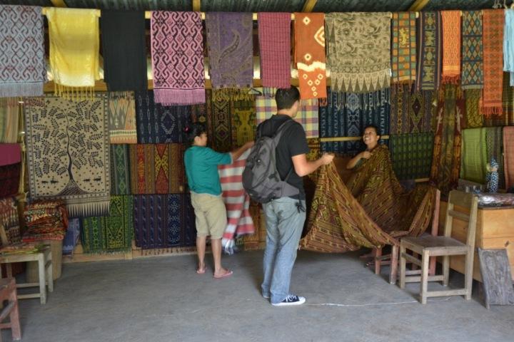 Pallawa Village, many woven clothes with beautiful patterns