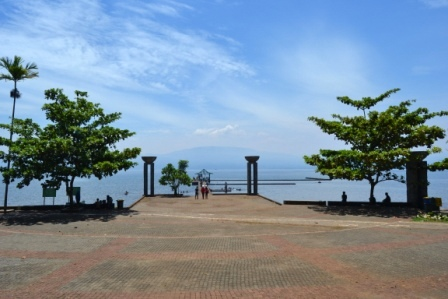 Pantai Ide- Danau Matano