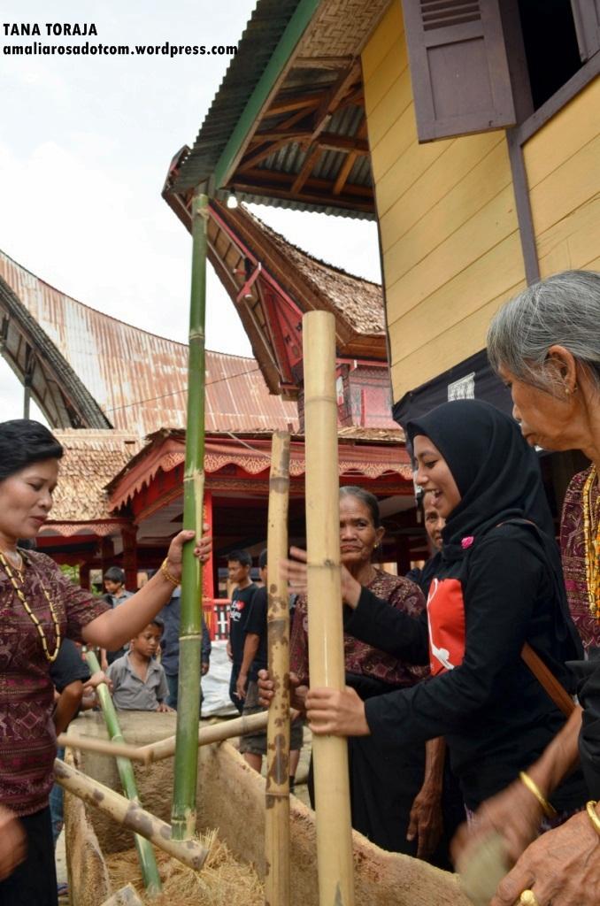 Ikutan aksi. Photo by Sarsongko