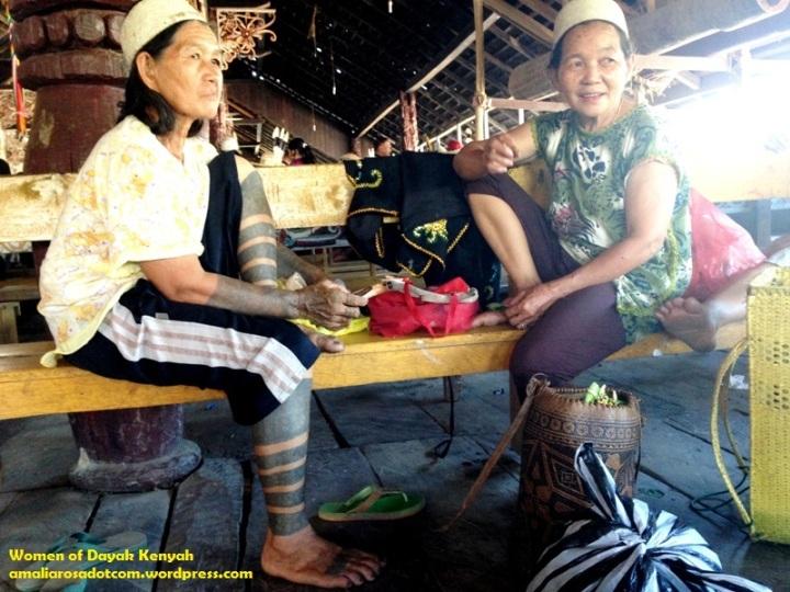 Wanita Dayak Kenyah, Desa Pampang- Samarinda