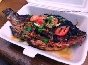 Ikan bakar Myanmar. Pedas!