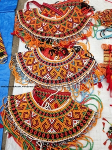 Penutup dada pakaian khas Toraja