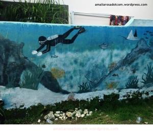 Mural di Kafe Tempat Biasa, sebelah Homestay Lantigiang tempat saya menginap