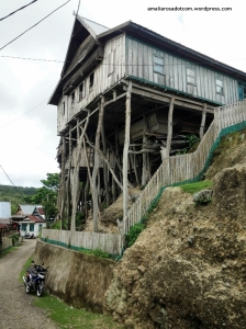 Rumah Tua di Perkampungan Tua Bitombang