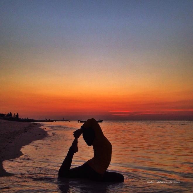 Sunset di pulau Lanjukang, gugus Kepulauan Spermonde, Makassar
