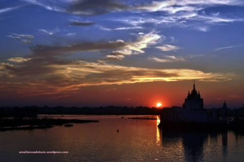 Sunset dari Ubein Bridge, Myanmar
