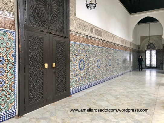 Bagian dalam Grande Mosquee de Paris