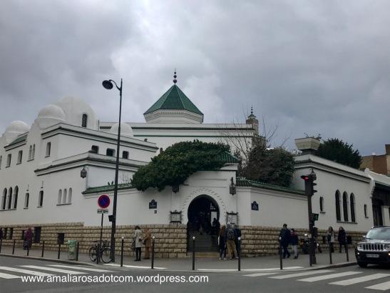 Grande Mosquee Paris, bagian depan restoran yang saya kira pintu masuk masjid